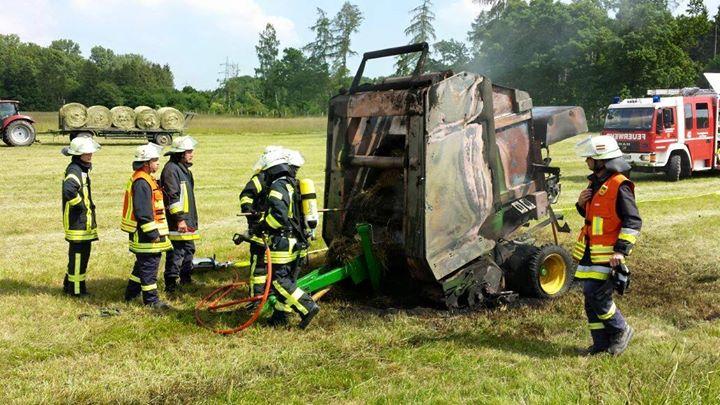 Heute um 15:12 Uhr wurde die Feuerwehr Grävenwie…