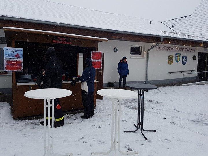 Heute Weihnachtsmarkt in Hundstadt!…