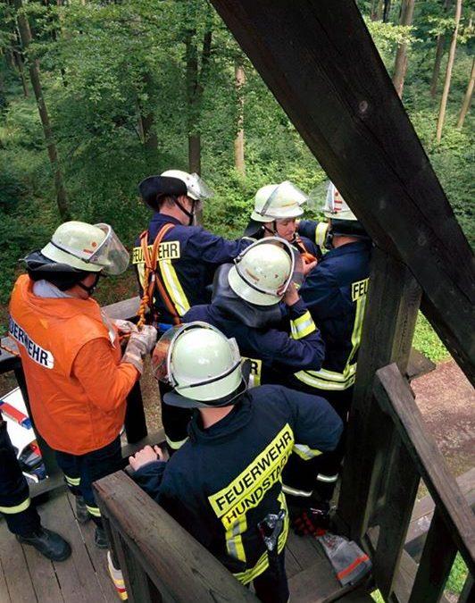 Die Feuerwehren Mönstadt und Hundstadt übten am …