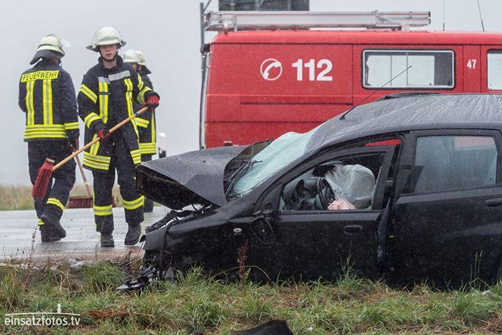 Drei Schwerverletzte sind die Bilanz eines Unfal…