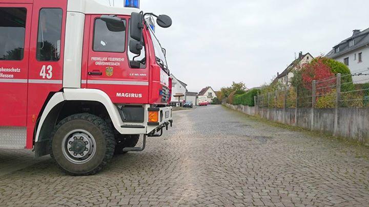 Eine Dieselspur im Ortsgebiet, unter anderem im …
