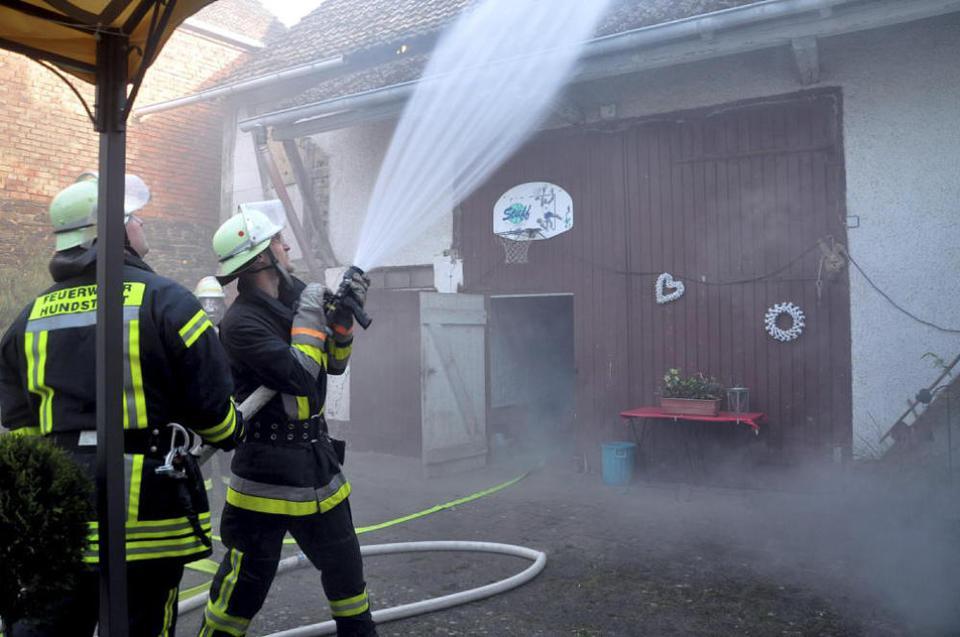 Übung der Freiwilligen Feuerwehr: Katastrophen-Alarm in Hundstadt | Taunus Zeitung