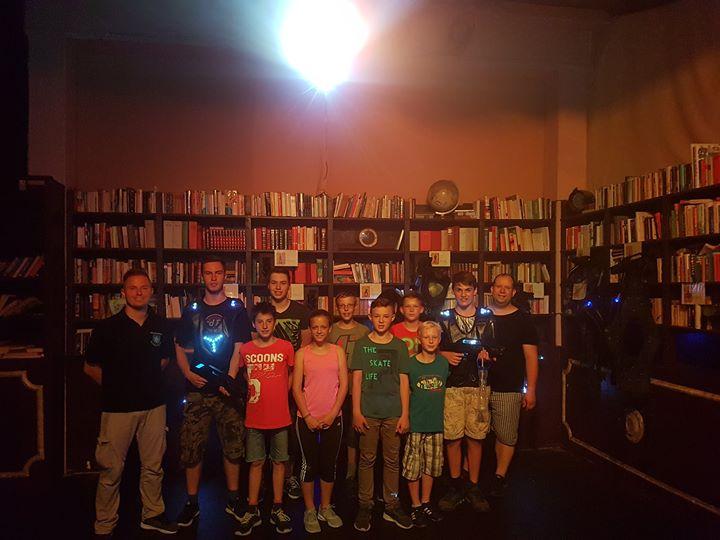 Heute besuchten wir die Lasertag Halle in Frankf…