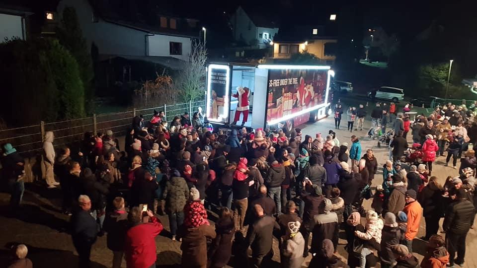 Der #MANWeihnachtstruck auf Station bei der Feue…