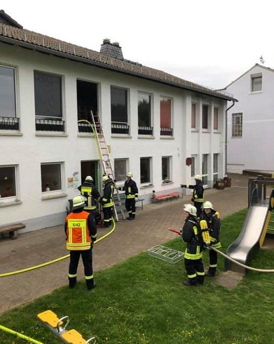 ++ Einsatzübung Gebäudebrand ++…