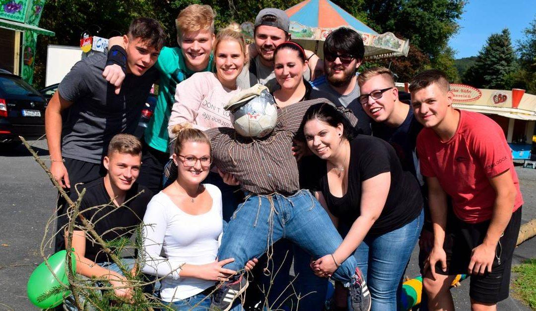 Grävenwiesbacher Kerb mit dem falschen Baum gefeiert – Usinger Anzeiger